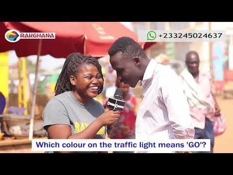 Which colour on the traffic light means GO? (Rak Ghana Street Quiz)
