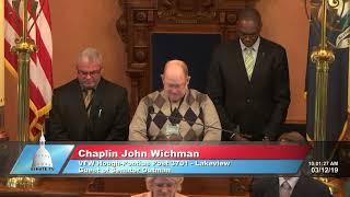 Sen. Outman welcomes Chaplain Wichman to the Michigan Senate