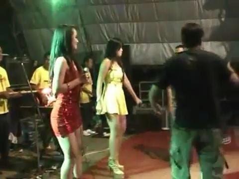 KANGGO RIKO - Edot Arisna Koplo Dangdut