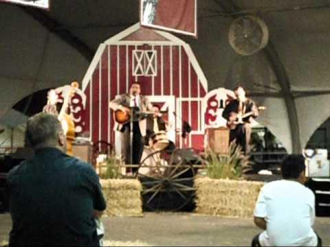 BIG SANDY AT THE OC FAIR BARN DANCE CONCERT.wmv