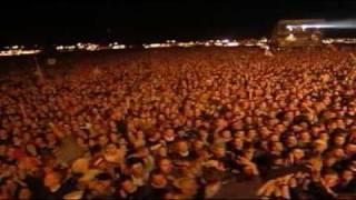 Green Day - Basket Case/She (Live @ Reading Festival 2004)