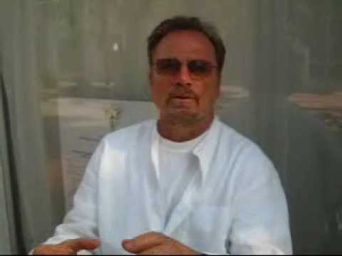 Interview with Franco Nero about Sicilian Film Festival (Short).wmv