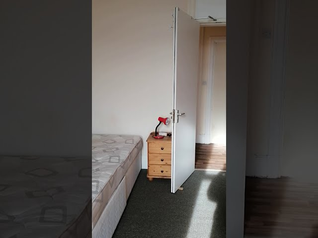 1 Double Room Available in 4 Bedroom Flat Main Photo