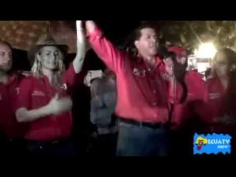 Lucio Gutierrez cae de TARIMA en pleno Mitin Politico EN  caluma YouTube