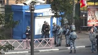 ЧП в центре Ярославля: 31-летний мужчина расстрелял полицейских