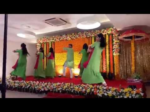 Mehendi Laga Ke Rakhna - Awesome Dance performance