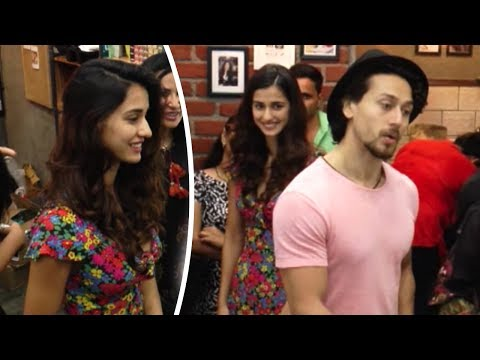 WOAH!! Tiger Shroff With GF Disha Patani And Nidhhi Agerwal At A Salon Launch - Full Video