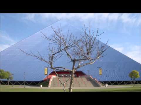 Walter Pyramid at CSULB Slide Show