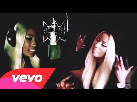Nicki Minaj - Danny Glover [Music Video]