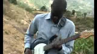 AIC Kyumbe Choir - Msifadhaike