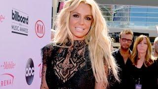 Britney Spears - 2016 Billboard Music Awards (Magenta Carpet)