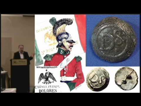 "2009  Manuel Hinojosa, ""Mexican Uniforms and Insignia"""