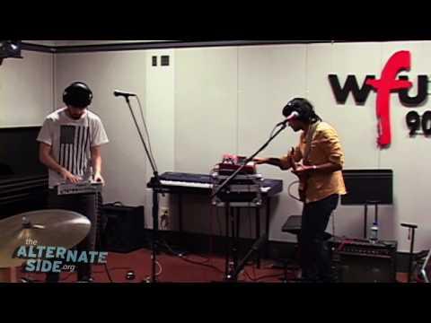 "Yeasayer - ""Ambling Alp"" (Live at WFUV)"