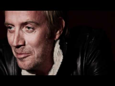 HUNGER TV: RHYS IFANS - INTERVIEW