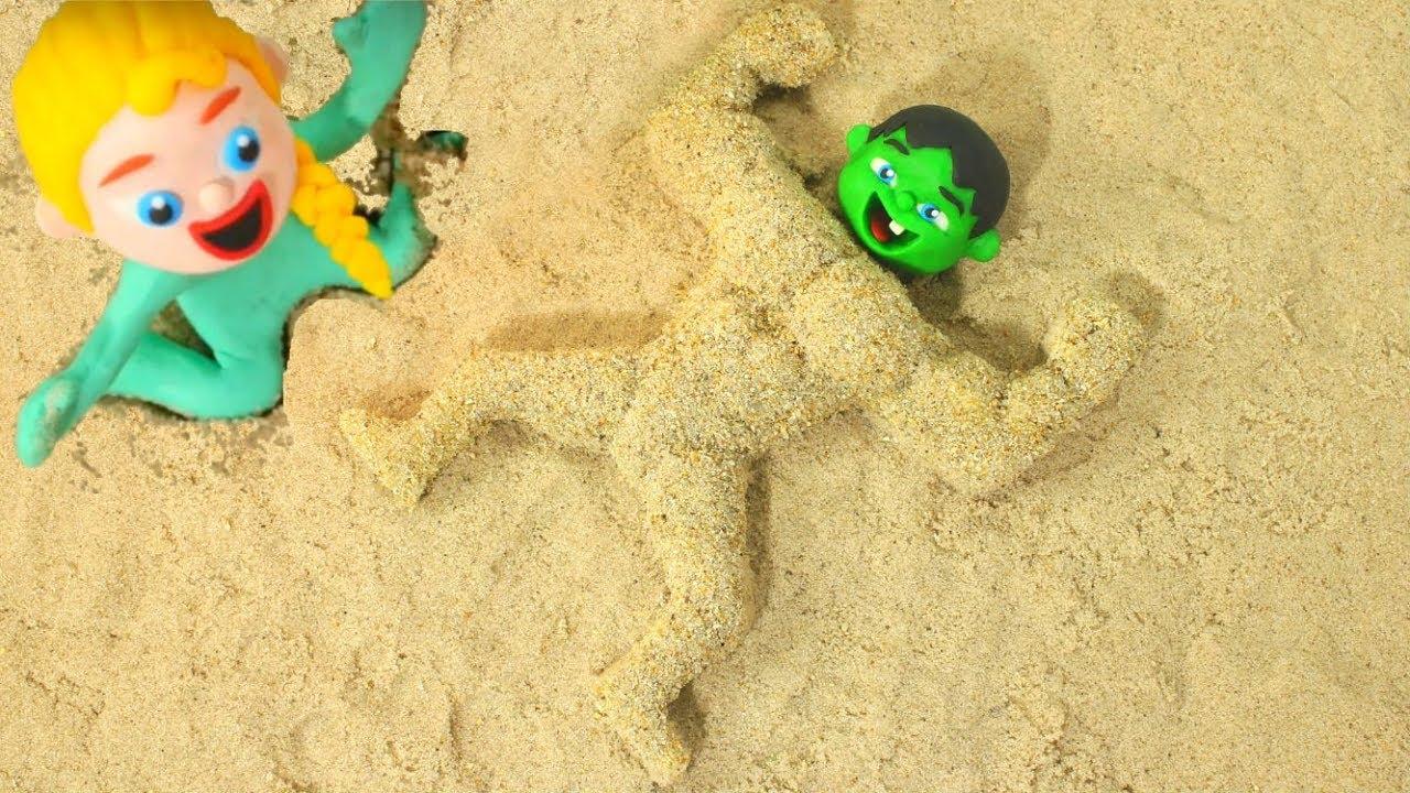BABY HULK BECOMES A MUSCULAR MAN ❤ Spiderman, Hulk & Frozen Play Doh Cartoons For Kids