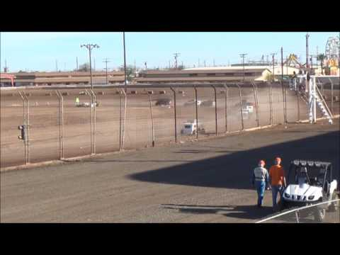 Imperial Valley Speedway Sunday 3-12-17 Dwarf Main Event
