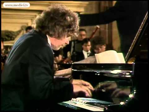 Zoltán Kocsis performs Adagio from Mozart's Piano Concerto No. 23