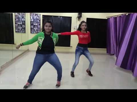 The Humma Humma Video Song  (ok Jaanu )...