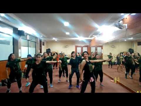 Meraih Bintang, Zumba Lover With Zin Cc Leony. Member Mentari Sport Center