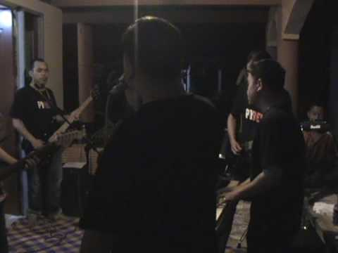 Menaul Ganas (Ferron Giang & Zero D'Fect Live at Muhibah)