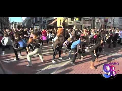 Glee Flash Mob - Grafton Street - Dublin, Ireland