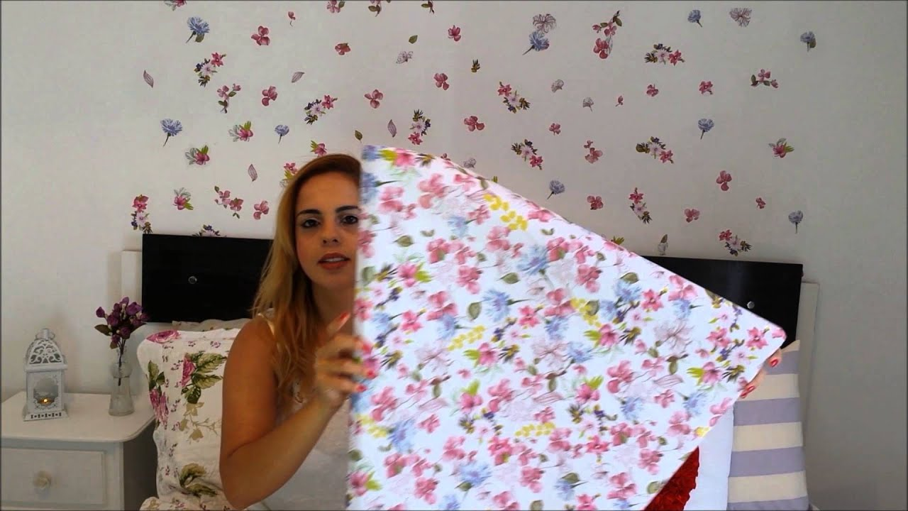 Fa a voc mesma parede decorada papel de presente youtube for Colocar papel mural