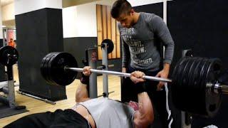 Bench Press 200kg 5x RAW