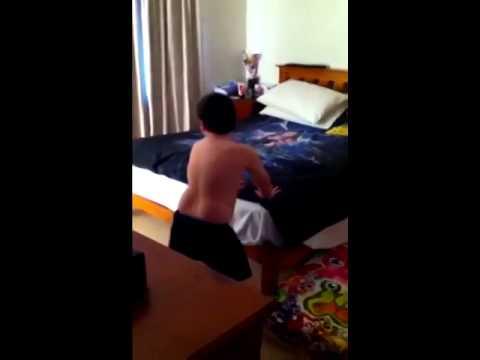 Renee Zellweger Stockings Upskirt from YouTube · Duration:  32 seconds