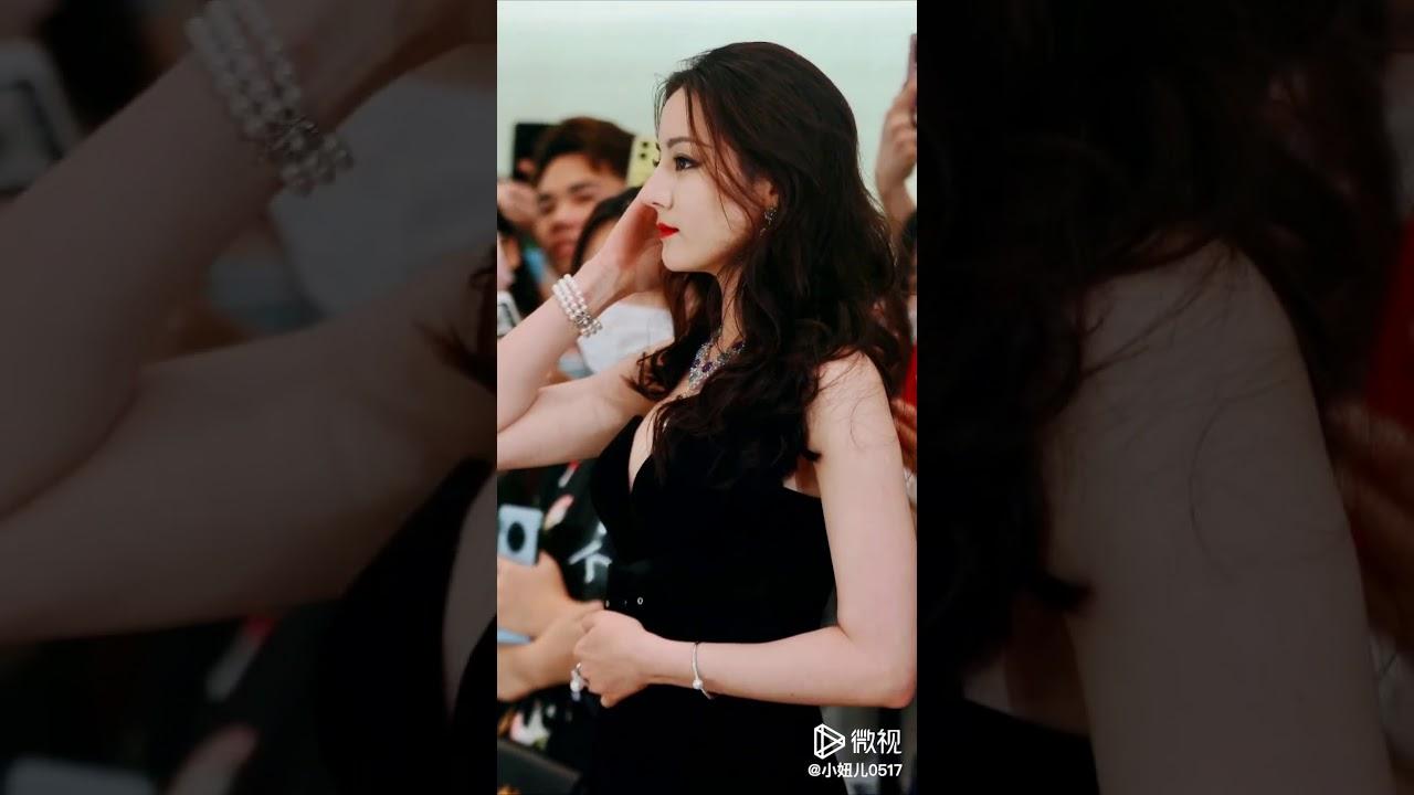 [ Fancam ] Địch Lệ Nhiệt Ba xinh đẹp rực rỡ - Triển lãm MIKIMOTO 02.07.2020