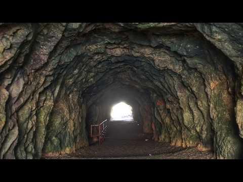 Tunelul Secret de sub Bucegi (Teorii Incredibile)