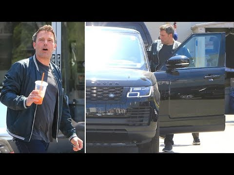 Ben Affleck Scores Himself A New Range Rover On His 46th BDay