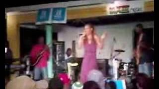 Queen Ifrica - Below The Waist - Live!