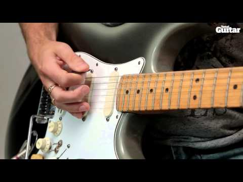 Guitar Lesson: Learn how to play Dinosaur Pile-Up - 11:11
