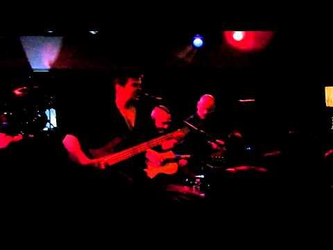 Stranglers - Sanfte Kuss - Lessines 1 - 9April2011.MP4