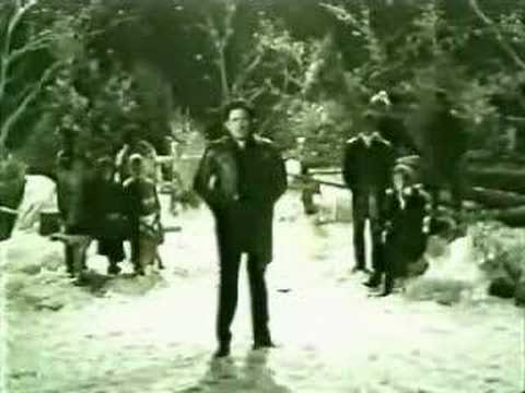 Johnny Cash And Friends - Silent Night, Little Drummer Boy - YouTube