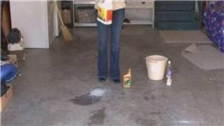 Housecleaning Tips : How to Clean Up Oil Spills