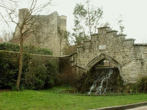 Places to see in ( West Malling - UK )