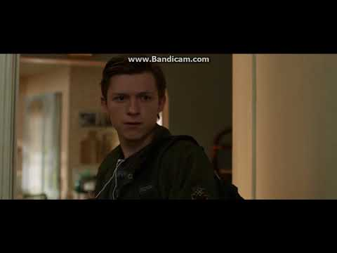 """Spider-man: Homecoming - Aunt May's """"WTF"""" Ending Scene"""