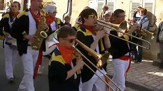 "La Banda de Cerbois au Carnaval de Saint-Satur 2014 ""S.D Batasuna"""