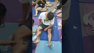 무릎통증 자가 치료법  신원범교수 현장 강의