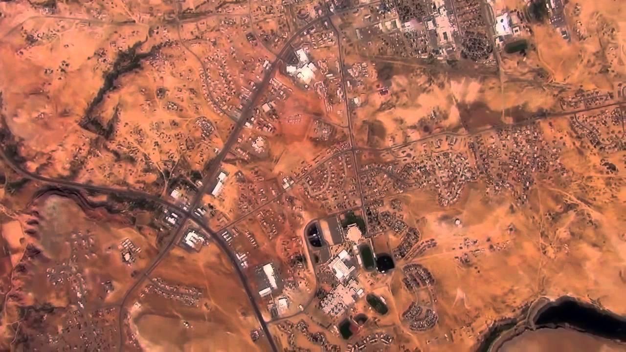 IMPRESIONANTE!!! Vuelo del globo espacial sobre el Gran Cañón.