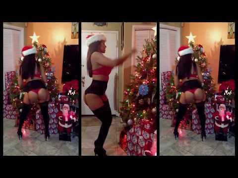 VidaGuerra: Christmas Longer Booty Shake HD