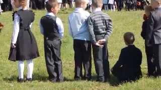 1 класс жжёт:DНеугомонный=))прикол,школа,линейка)))