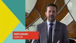 Debates e entrevistas/Trabalho de Base - Trabalho de Base - André Janones