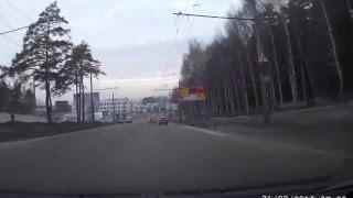 01.04.16 водитель Audi на большой скорости врезался в дерево
