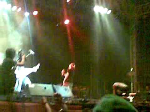 Jamrud   S H I T live at st Sriwedari, Solo 11 07 2012