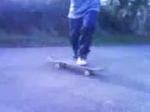 karl and luke skateboard video!! xx