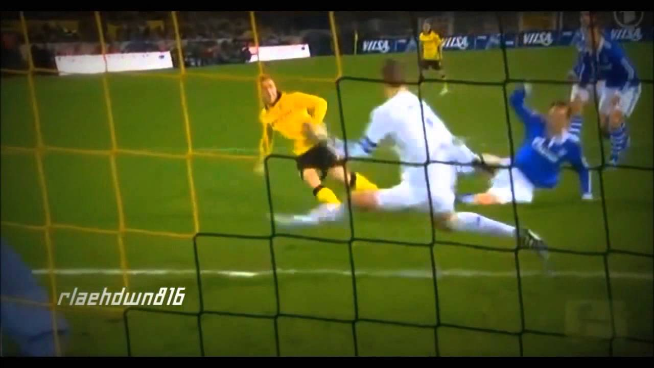 Manuel Neuer :: Great Saves :: 2008 - 2013 | HD - YouTube