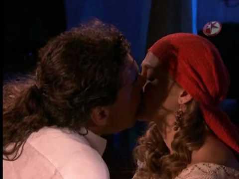 Regina y Juan primer beso.wmv