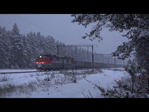 Поезда в снегопад на перегонах Воронежской области